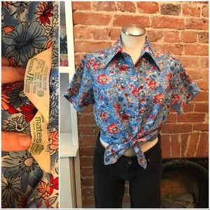 Vintage 70's short sleeve polyester top
